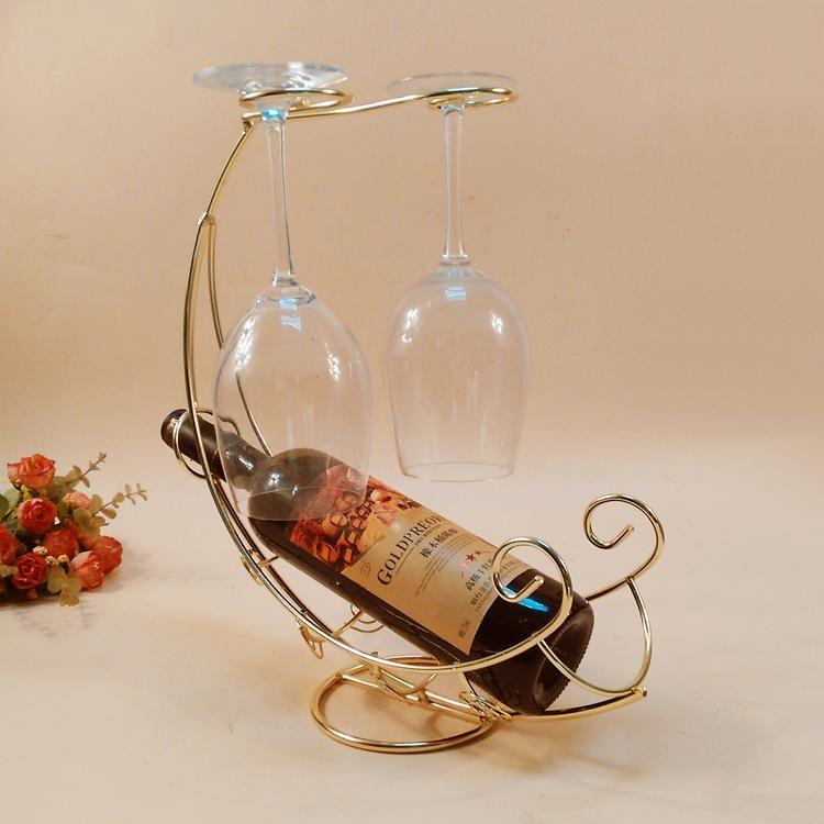 Оригинальный держатель под винную бутылку и два бокала из кованного металла