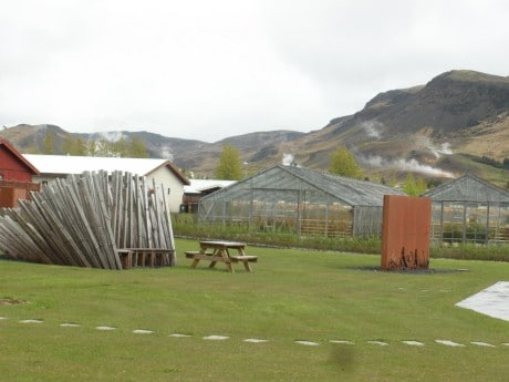 теплицы близ Хверагерди