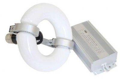 Лампа с магнитным ферритовым кольцом