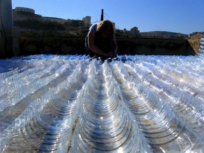 Подготовка пластиковых пластин из бутылок