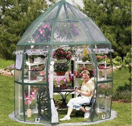 минитеплица в саду
