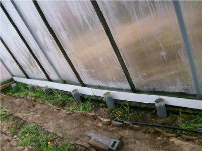 Воздухозаборники выступают над поверхностью на 15-20 см